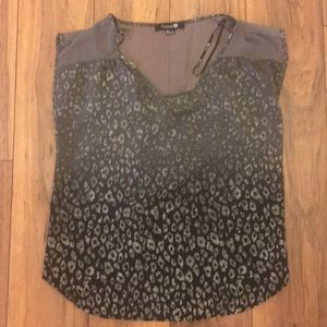 Forever 21 Black and grey leopard top
